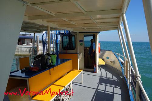 Il Garda è navigabile e sono disponibili sia servizi di linea che privati