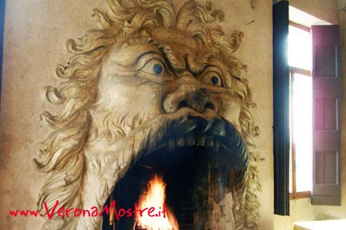 Uno dei camini della rinascimentale Villa della Torre a Fumane in Valpolicella