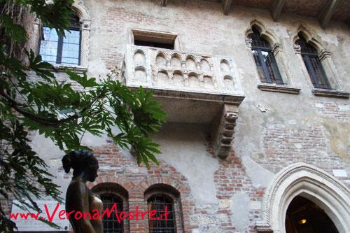 verona-giulietta-balcone