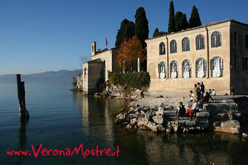 Un suggestivo scorcio del lago di Garda.