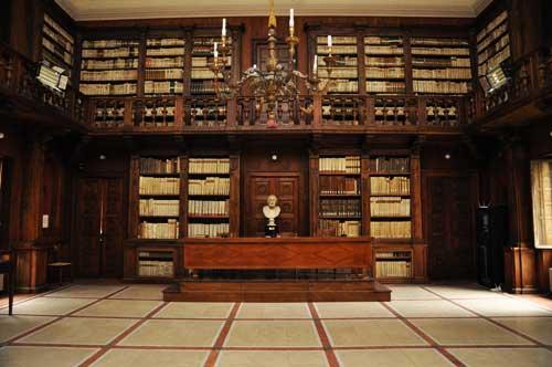 interno della biblioteca Capitolare