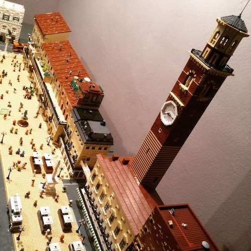 piazza Erbe Lego